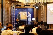 AlphaGo-Lee-Sedol-commentary-Michael-Redmond-Chris-Garlock